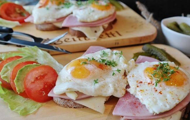 fried_eggs_2796406_960_720_650x410